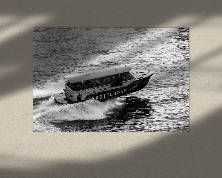 Sfeerimpressie: Watertaxi SS Rotterdam van Ilya Korzelius
