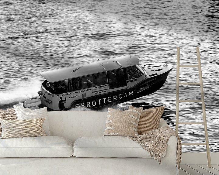 Sfeerimpressie behang: Watertaxi SS Rotterdam van Ilya Korzelius