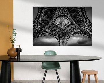 Onder de Eiffeltoren van Robbert Ladan