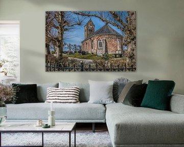 Doorkijkje op het kleine kerkje van Swichum op n terp vlak onder Leeuwarden in Friesland von Harrie Muis