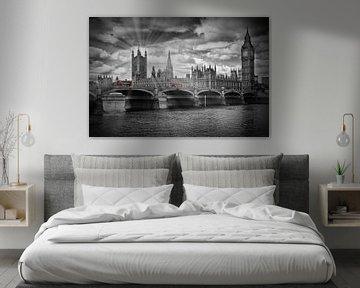 LONDON Westminster Bridge mit roten Bussen von Melanie Viola