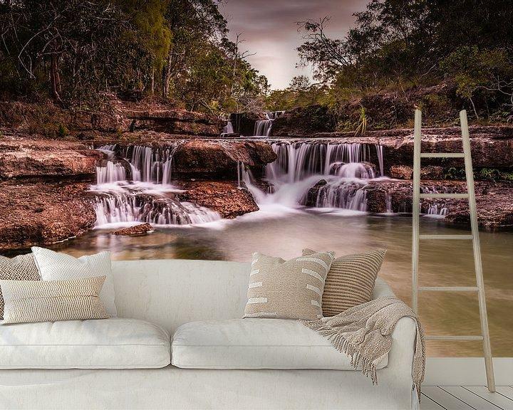 Sfeerimpressie behang: Eliot Twin Falls van Anneke Hooijer