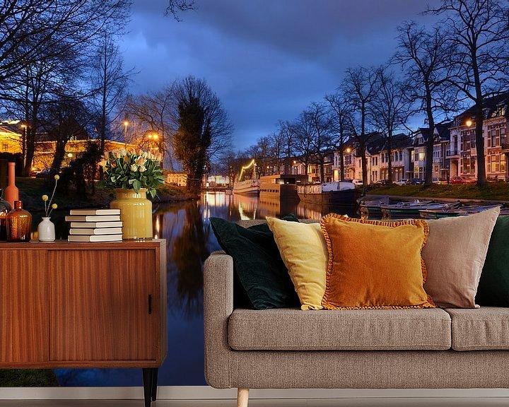 Sfeerimpressie behang: Wittevrouwensingel in Utrecht van Donker Utrecht