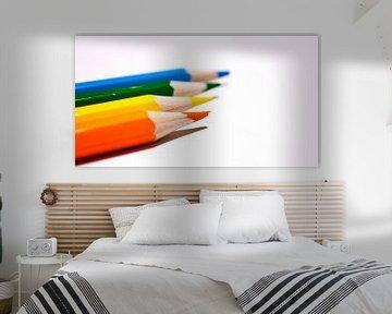 Gekleurde potloden op een rij 3 von Michel Knikker