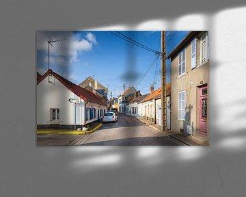 Slaperig straatje in Le Crotoy, Picardië, Frankrijk van Evert Jan Luchies