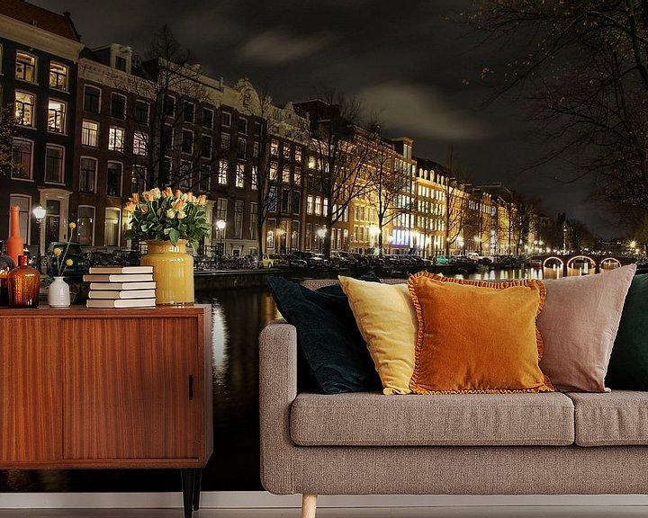 Sfeerimpressie behang: Amsterdam by night van Marlous en Stefan P.