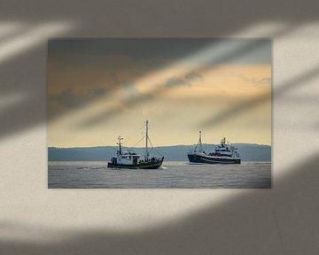 Schiffe auf der Ostsee vor der Insel Rügen sur Rico Ködder