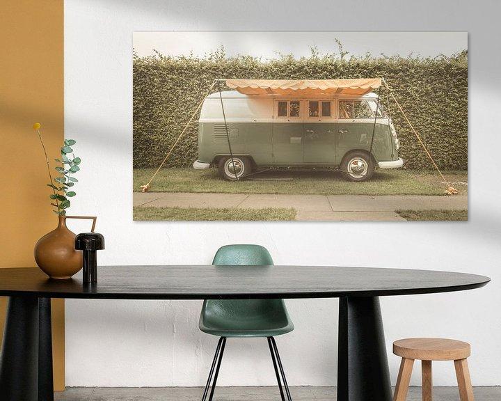 Sfeerimpressie: Volkswagen Type 2 (T1) Transporter Kombi of Microbus campervan van Sjoerd van der Wal