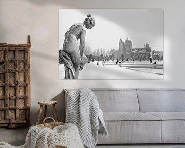 Kasteeltuin Slot Assumburg in de sneeuw