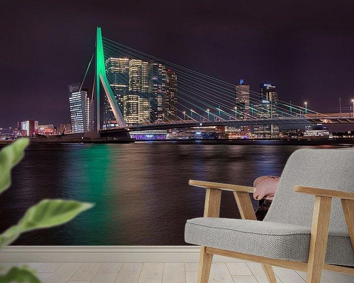 Sfeerimpressie behang: Avond in Rotterdam  van Raoul Baart