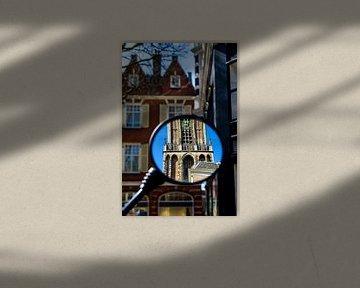 Reflectie van de Utrechtse Domtoren in een brommerspiegel.  van Margreet van Beusichem