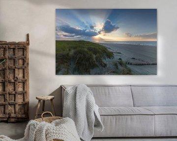 Landschap, duinen bij ondergaande zon op het strand van Marcel Kerdijk