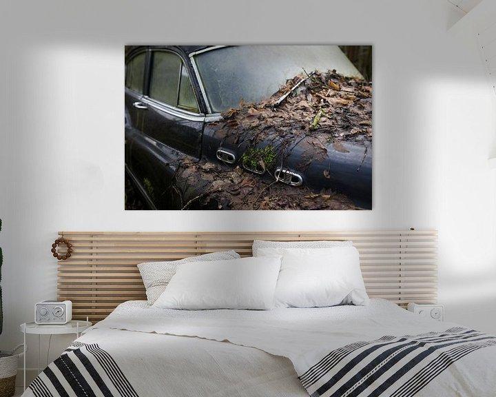 Beispiel: Motorhaube eines klassischen verfallenden Autowracks von Ger Beekes