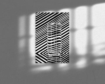 In waterglas vervormende lijnen von Wim Stolwerk
