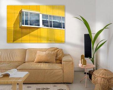 Gelbes Gebäude von Ingrid Bargeman