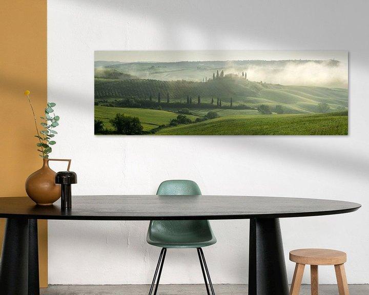 Sfeerimpressie: Toscaanse ochtend 2 van Edwin Mooijaart