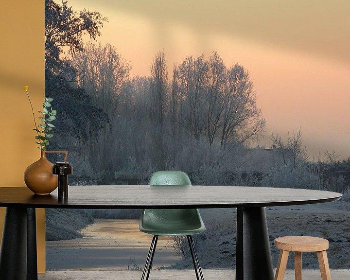 Sfeerimpressie behang: Winters landschap van Miranda van Hulst