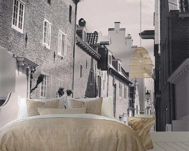 Sfeerimpressie behang: Black and white photo of the wall houses, historical Amersfoort, Netherlands van Daniel Chambers