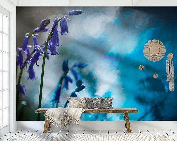Sfeerimpressie behang: Hyacint in het bos van Arjen Hartog