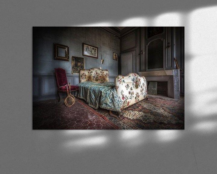 Beispiel: Bett im französischen verlassenen Schloss von Kelly van den Brande