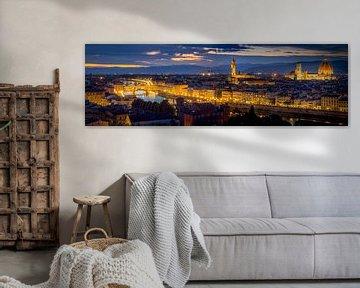 Florence Skyline at night van Dennis Donders