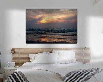 Noordzee bij zonsondergang van Evelyne Renske