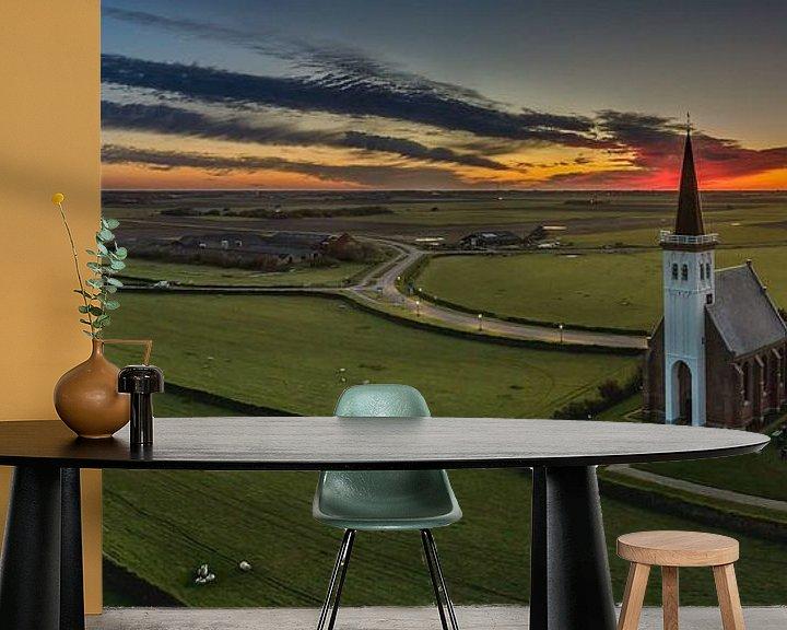 Sfeerimpressie behang: Den Hoorn Texel vlak voor zonsopkomst van Texel360Fotografie Richard Heerschap