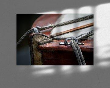 Oude Zeilboot met Touwen