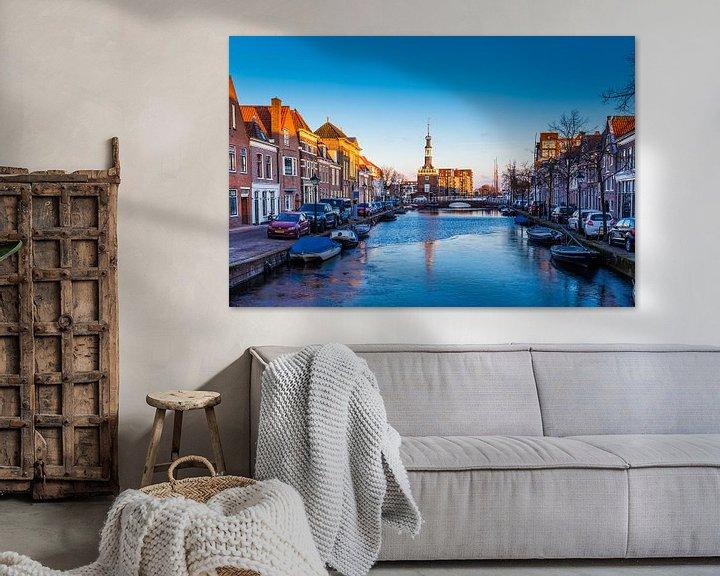 Sfeerimpressie: Het oude stadscentrum van Alkmaar,  Nederland van Hilda Weges