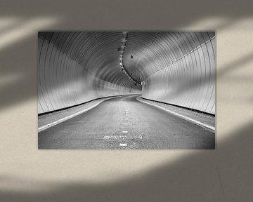 Heinenoord fietstunnel onder de Oude Maas van Jan van der Vlies