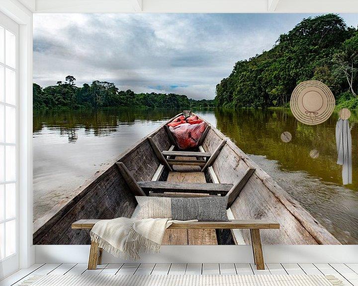 Sfeerimpressie behang: Kajak over de rivier van Ton de Koning