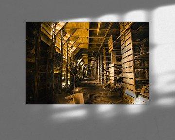 Opslag ruimte verlaten dakpannenfabriek van Dylan Nieuwland