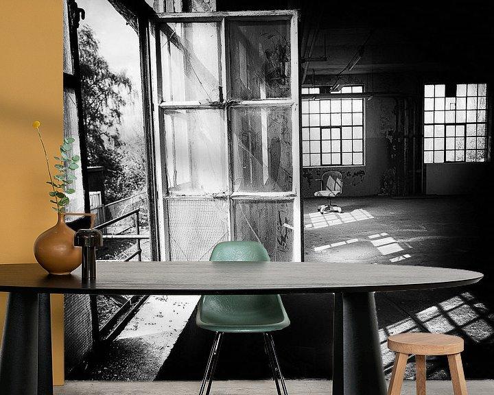 Impression: Chaise entre les fenêtres sur Ines van Megen-Thijssen