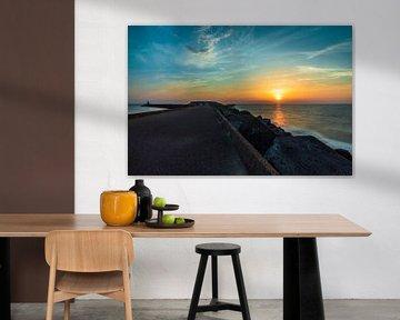 Nederlandse Zonsondergang aan Wijk aan Zee von Wesley Koetje
