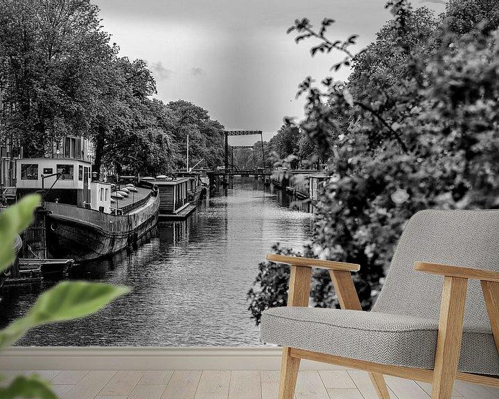 Sfeerimpressie behang: De Brouwersgracht vanaf de Bullebak in Amsterdam.  van Don Fonzarelli