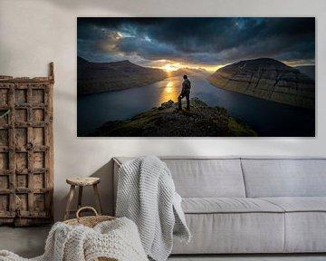 De zonsondergang boven de Faeröer eilanden von Nando Harmsen