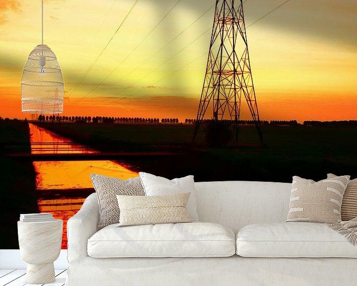 Sfeerimpressie behang: Oranje Zonsopgang lijnenspel van Ernst van Voorst