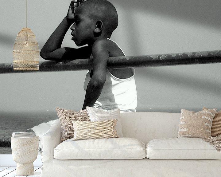 Sfeerimpressie behang: starend in het niets b&w van joost vandepapeliere