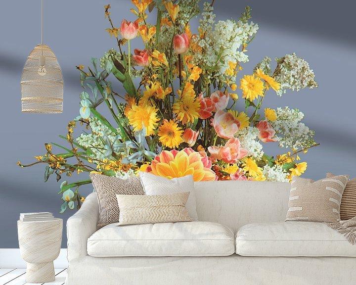 Sfeerimpressie behang: Zelfportret met bloemen 2 (blauwgrijs) van toon joosen