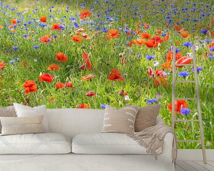 Sfeerimpressie behang: Veldbloemen op Texel / Field flowers on Texel van Justin Sinner Pictures ( Fotograaf op Texel)