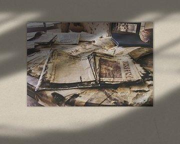 Oude krant von Ivana Luijten