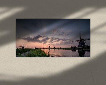 Zonsondergang Kinderdijk van Jolanda Wisselo