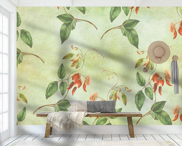 Sfeerimpressie behang: Vintage rood en groene tropische print