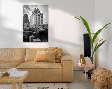Seitenansicht des Witte Huis, Rotterdam, Niederlande, in Schwarz und Weiß von Marc Goldman