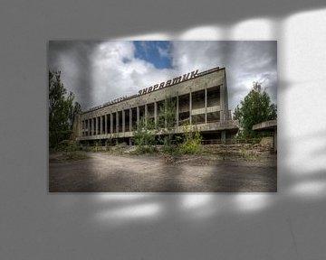 Abandoned von Henny Reumerman
