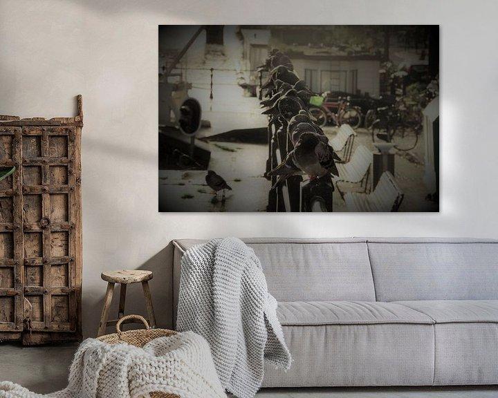 Sfeerimpressie: Duiven in Amsterdam van Rob De Jong