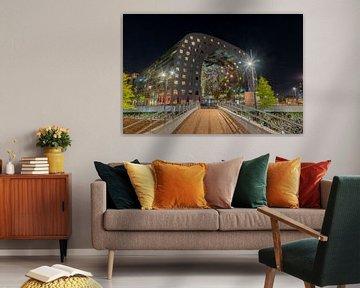 Avondfoto van de Markthal in Rotterdam von Mark De Rooij