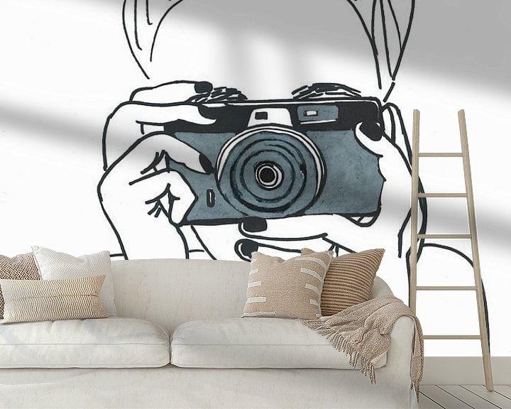 Sfeerimpressie behang: Illustratie fotograaf zwart wit van Schildermijtje Shop