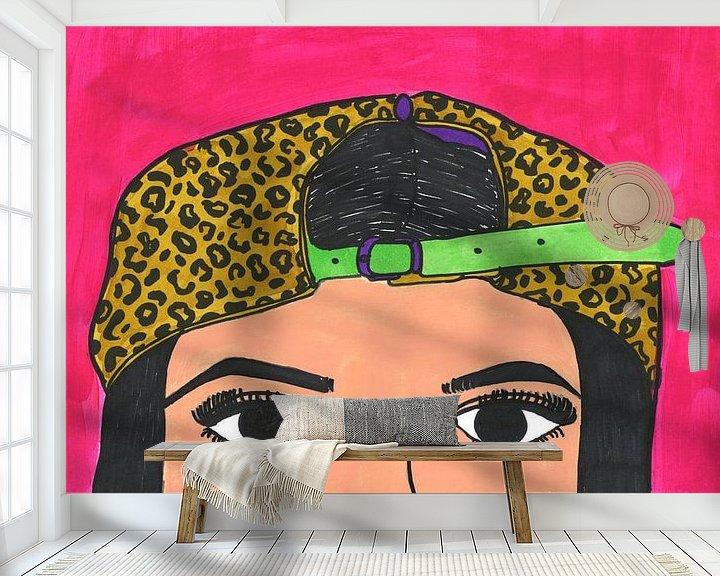 Sfeerimpressie behang: Vrouw met panterpet van Schildermijtje Shop