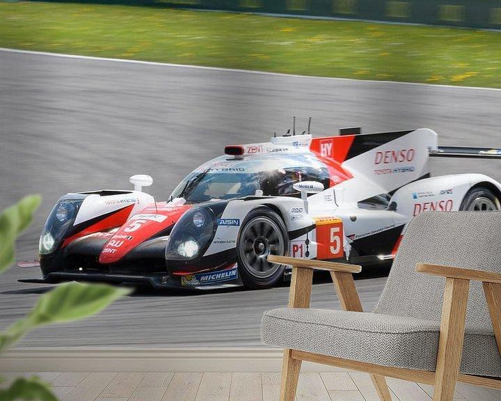 Sfeerimpressie behang: Toyota TS050 Hybride LMP1 van Sjoerd van der Wal